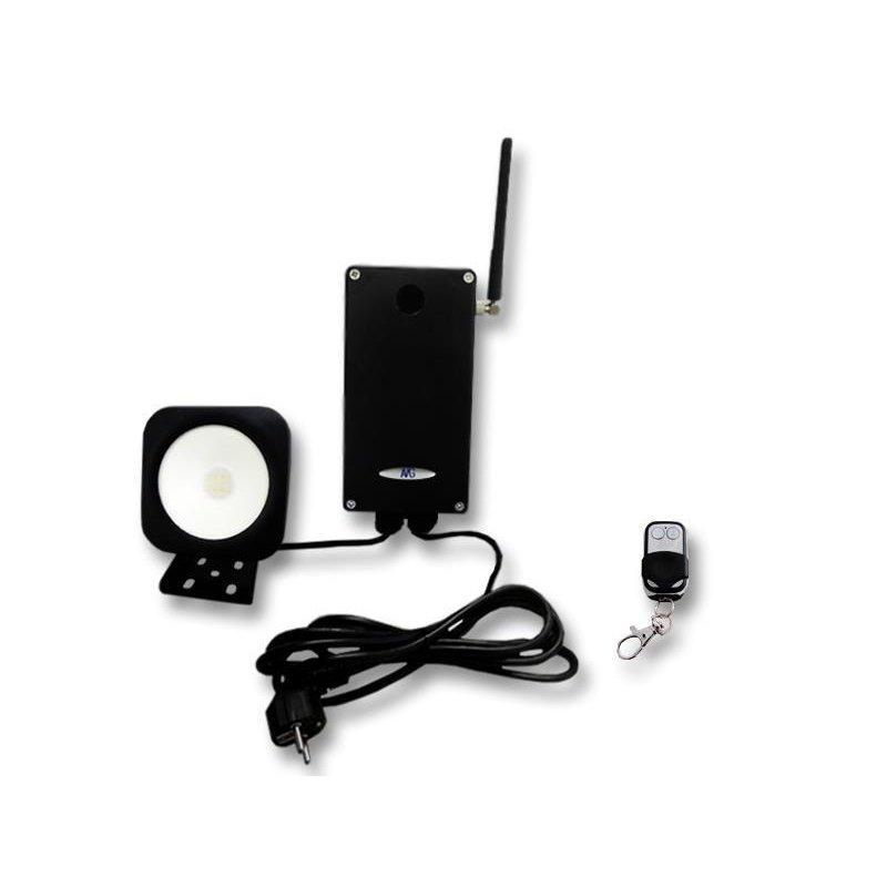 amgosun 10 smd strahler mit funksteuerbox und fernbedienung amg h nd. Black Bedroom Furniture Sets. Home Design Ideas